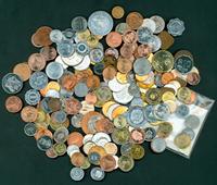 200 monnaies de 200 pays