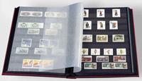 Insteekboek - Rood -A4 - 32 zwarte bladzijden - ongewatteerde band