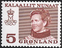 Greenland - Queen Margrethe II - Definitive Issue - 5 øre - Wine red