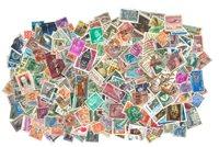 Hele Verden - 2380 forskellige stemplede frimærker