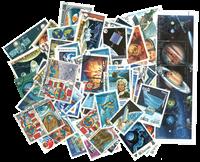 100枚不同有关太空方面的邮票