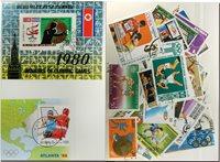 Box 2 miniark og 50 frimærker