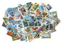 Guernesey - Paquet de timbres - 200 différents