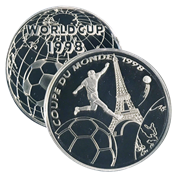 1 medal World Cup 1998 football player and Eiffel Tower