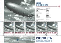 Netherlands - Airplanes Hindenburg - Mint souvenir sheet