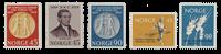 Norvège 1959 - AFA 442/44 + 451/52 - Neuf