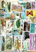 Cambodge - Paquet de timbres - 1300 timbres en séries complètes
