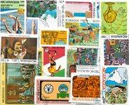 Nicaragua - 85 timbres en séries cpl.