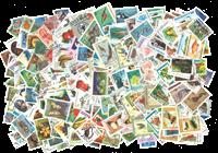 Monde Entier - Paquet de timbres 10.000 différent en boîte
