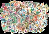 Indonésie - Paquet de timbres - 300 différents